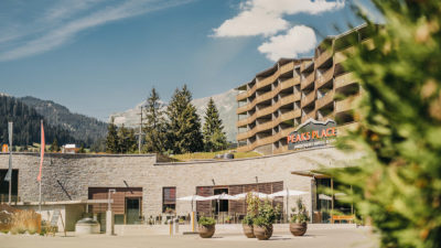 Exterior view Peaks Place in Laax, hotel and holiday flats in summer