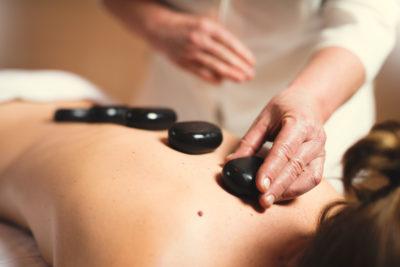Massagen und Behandlungen im Peaks Place Apartment Hotel in Laax