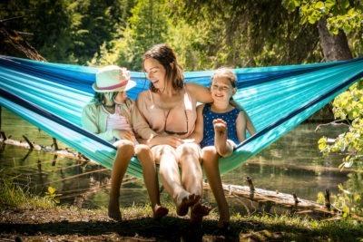 Sommerurlaub in Laax Mutter mit Kindern im Peaks Place