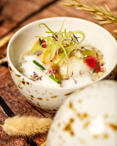 Traditionelle Speisen neu interpretiert im Restaurant s'nani im Hotel Peaks Place in Laax